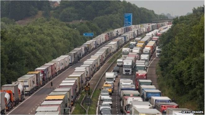 M20 Operation Stack: Manston airport lorry plan 'could ease congestion'