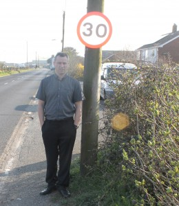 clive and sign