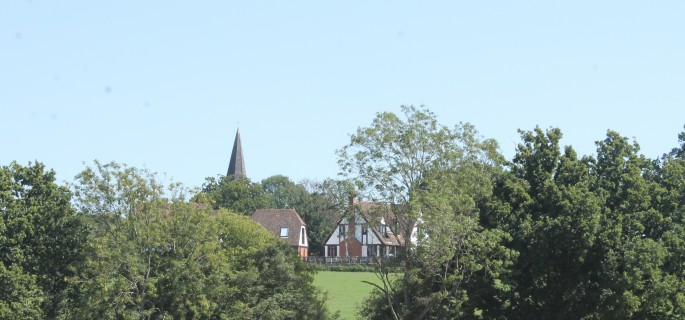 the beautiful village of Woodchaurch was host to goal running