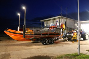 Littlestone RNLI Lifeboat being launched to assist a broken down 18 Foot Fishing boat 08/10/15