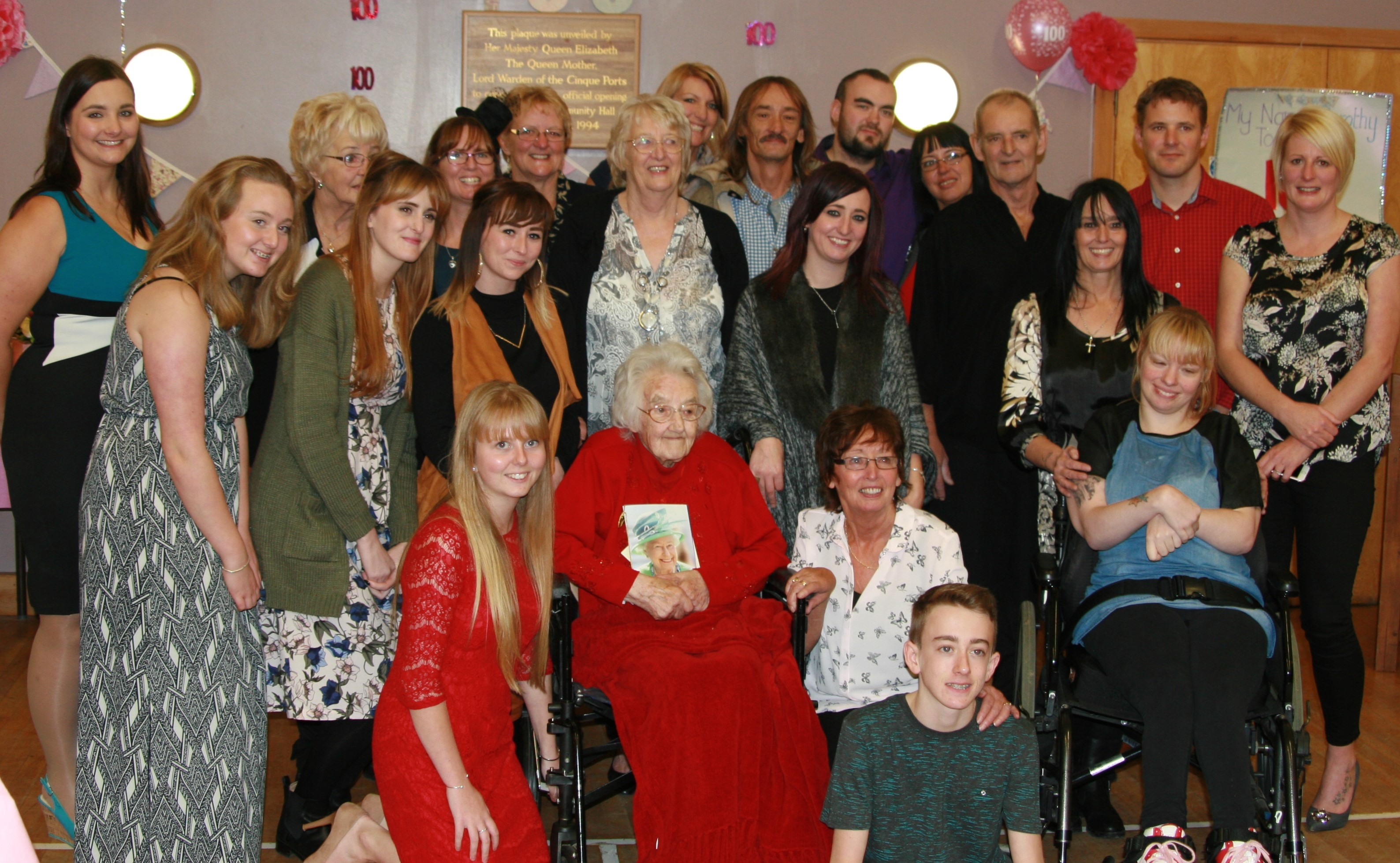 Dorothy celebrates her 100th birthday with a bumper bash