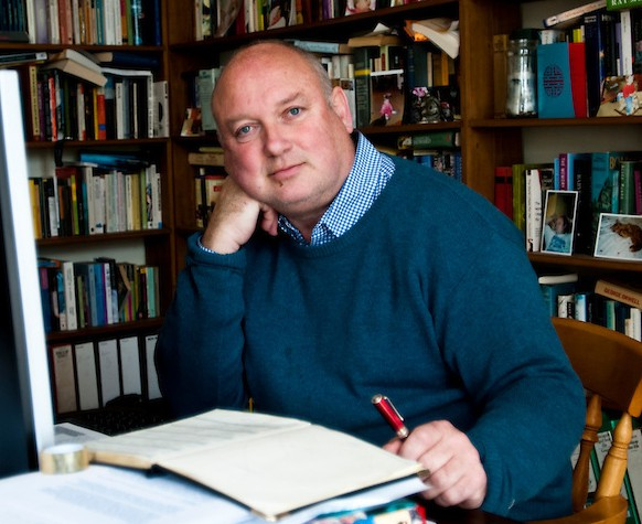 Author, Louis De Bernieres at his home in Norfolk. Louis de Bernieres was born in London in 1954. After graduating in Philosophy from the Victoria University of Manchester, he took a postgraduate certificate in Education at Leicester Polytechnic and passed his MA, with distinction, at the University of London. He has held various jobs: landscape gardener, mechanic, officer cadet at Sandhurst and schoolteacher in both Colombia and England. De BerniresÕ first novel, The War of Don EmmanuelÕs Nether Parts, was published in 1990 and won the Commonwealth Writers Prize, Best First Book Eurasia Region in 1991. The next year, his second book, Se–or Vivo and the Coca Lord, won the Commonwealth Writers Prize, Best Book Eurasia Region. His third book, The Troublesome Offspring of Cardinal Guzman, was published in 1992. These works were influenced by de BerniresÕ experiences in Colombia and together make up his ÔLatin American trilogyÕ. Louis de Bernires, who lives in Norfolk, published his first novel in 1990 and was selected by Granta magazine as one of the twenty Best of Young British Novelists in 1993. Since then he has become well known internationally as a writer and his sixth novel, Birds Without Wings, came out in 2004. Captain Corelli's Mandolin (1994), won the Commonwealth Writers' Prize for Best Novel. A Partisan's Daughter 2008, was shortlisted for the Costa Novel Award and his new book, Notwithstanding: English Village Stories, is published in Autumn 2009. As well as writing, he plays the flute, mandolin, clarinet and guitar, and performs regularly with the Antonius Players. He was born in London in 1954. Photograph by Jason Bye Credit Mandatory t: 07966 173 930 e: mail@jasonbye.com w: http://www.jasonbye.com