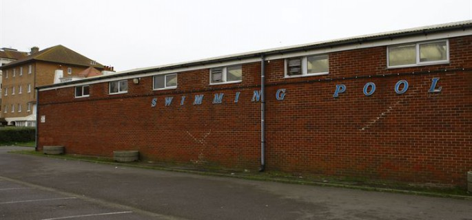 hythe swimming pool