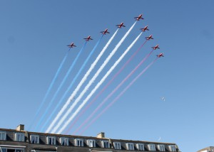 The Red Arrows arrive on Time
